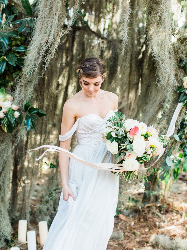 This Floral Composition Inspired By The Colors Of The Low Country Is  Fresh Take On A Neutral Palette, featured Chic Vintage Brides