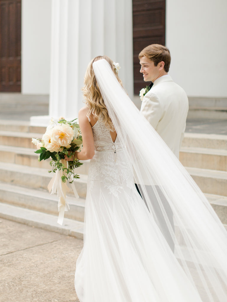 Luxury Garden Flower Wedding by Atlanta Georgia florist Christy Hulsey with Colonial House of Flowers