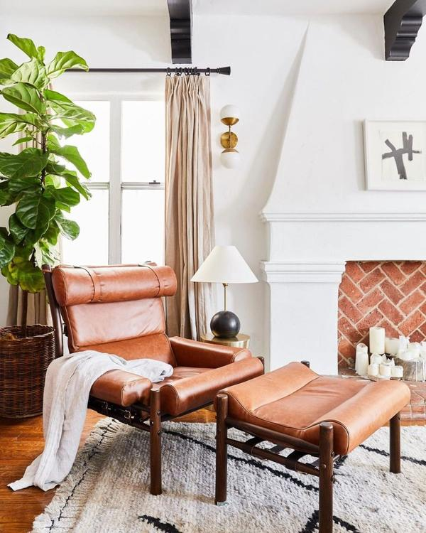 Leather-Chair-And-Ottoman-In-Living-Room-With-Fiddle-Leaf-Fig-Plant-In-A-Basket-Colonial-House-of-Flowers-CHOF-Atlanta-Georgia