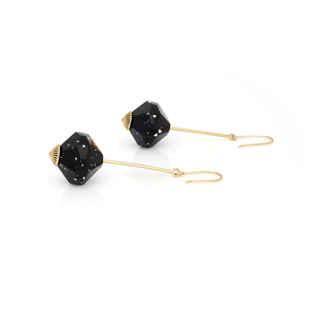 Fallen Curse Earrings - Black Granite