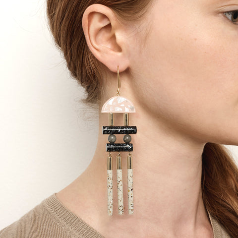PRE ORDER // Magnetic Earrings - Musk Fleck