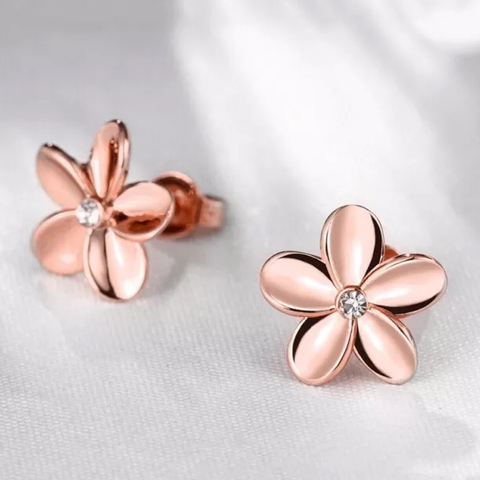 18k Earrings: Rose Gold Flower
