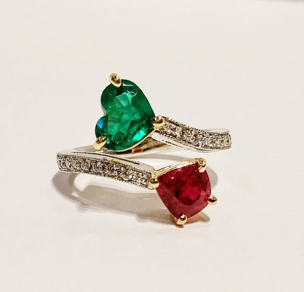 18k white/yellow/rose gold ruby and emerald ring