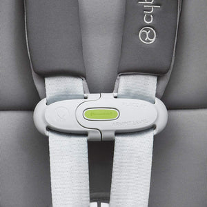 Cybex Sirona M with sensor safe technology