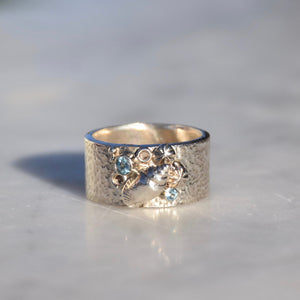 Silver & Topaz Shell Ring