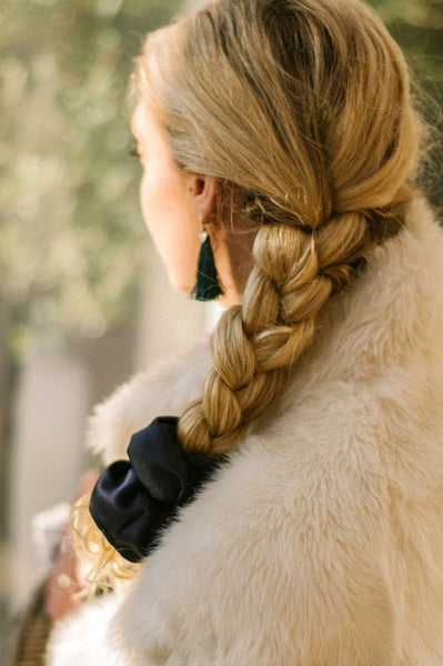 Side Plait with Scrunchie-Tegen Accessories