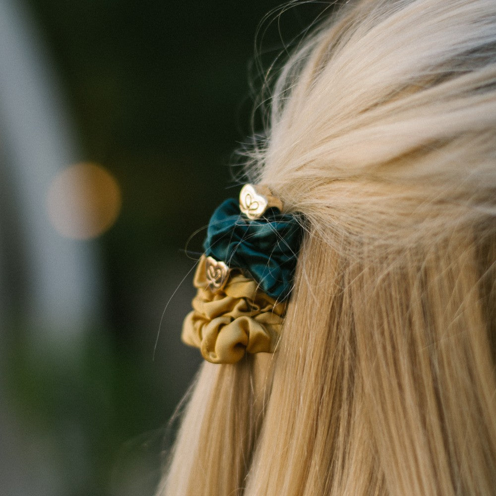 Heart Charm Silk Scrunchie-Scrunchies-by Eloise-Emerald Green-Tegen Accessories Green