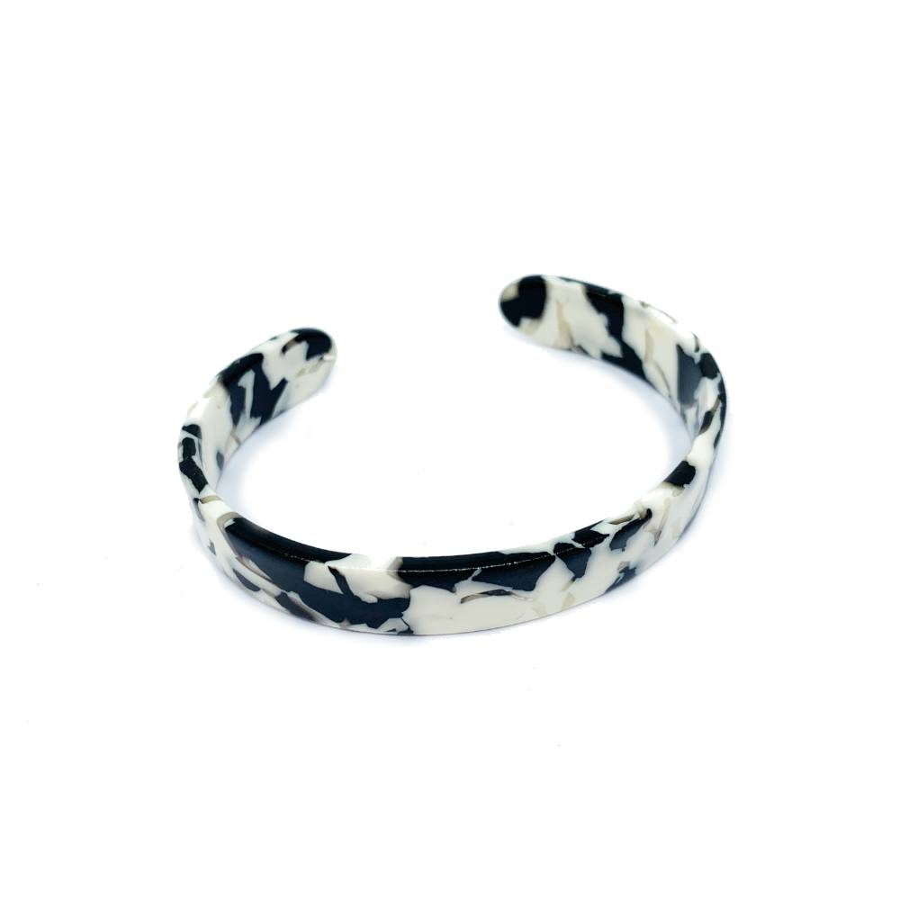 Small Resin Cuff Black and White
