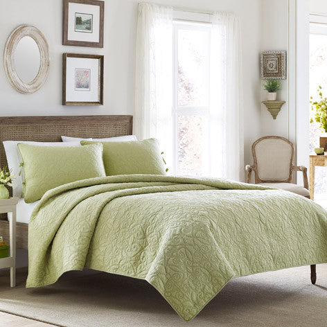 Felecity Light Green Quilt Set