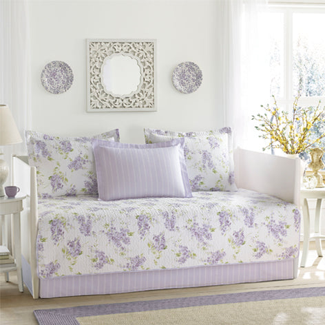 Keighley Daybed Set