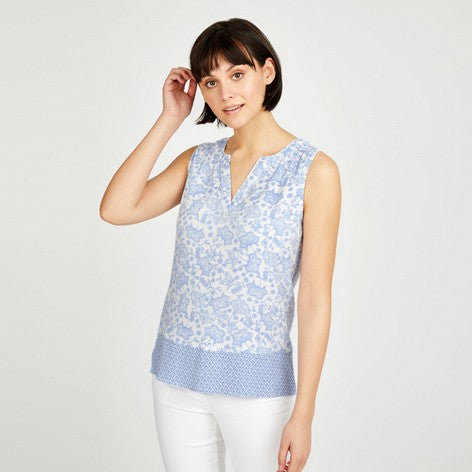 Paisley and Wave Geo Border Top