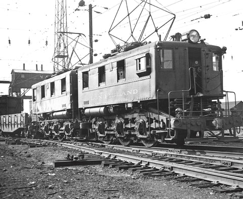 Railfanning the Northeast 1934-1954 with Richard T. Loane Volume 4: NYC, NH and LIRR (Softcover)<br><i><small>November 15, 2019 Release</small></i>