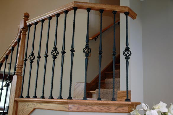Iron Balusters Add More Options for Creative Design