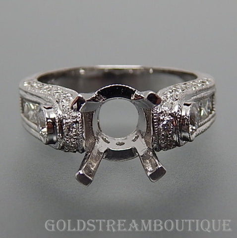 18k White gold 1.08 Tcw diamonds 1.0-3.0 Tcw round diamond set engagement ring size 6.5