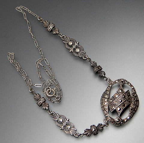 VINTAGE MARCASITE ACCENTS STERLING SILVER ART DECO NECKLACE 16""
