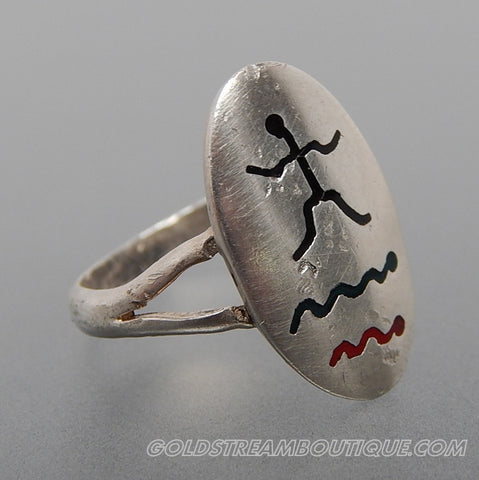 Vintage Mexico Black Green & Red Enamel Man Figure Snakes Waves Storyteller Oval Sterling Silver Ring - Size 6.75