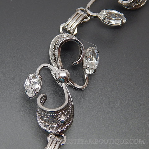 VINTAGE MARQUISE RHINESTONE FILIGREE TWISTED SWIRLED LEAVES STERLING SILVER ROMANTIC LINK BRACELET
