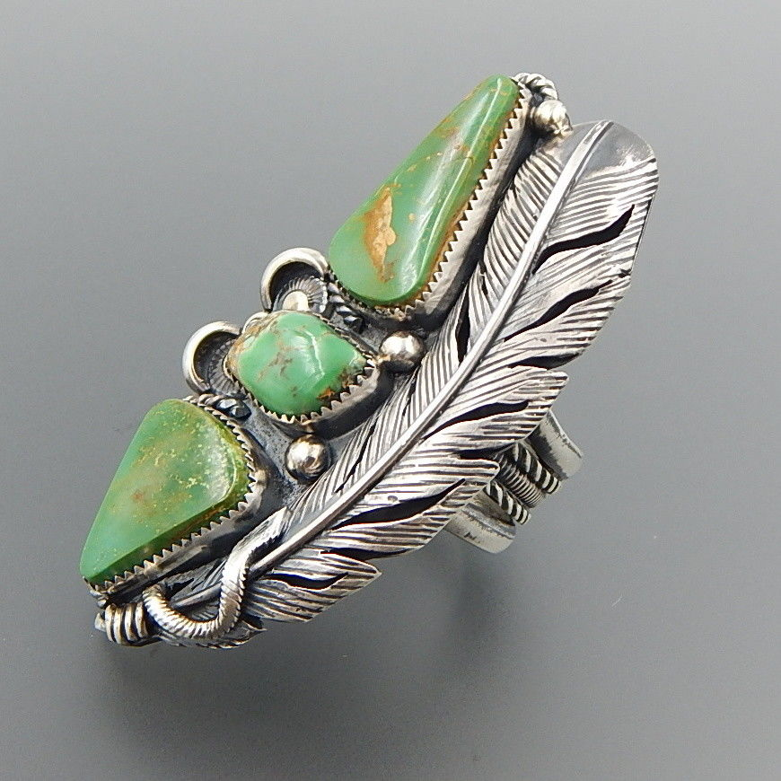 Handcrafted american green turquoise sterling silver shadowbox feather ring - size 10.5
