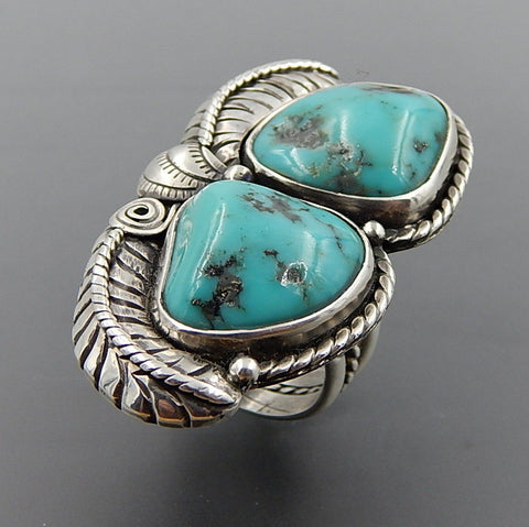 Handcrafted 2 american green turquoise sterling silver feathers statement ring - size 8.25