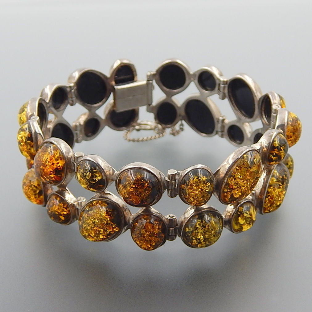 VINTAGE POLAND STERLING SILVER BALTIC AMBER BUBBLE DESIGN HINGED WIDE BRACELET
