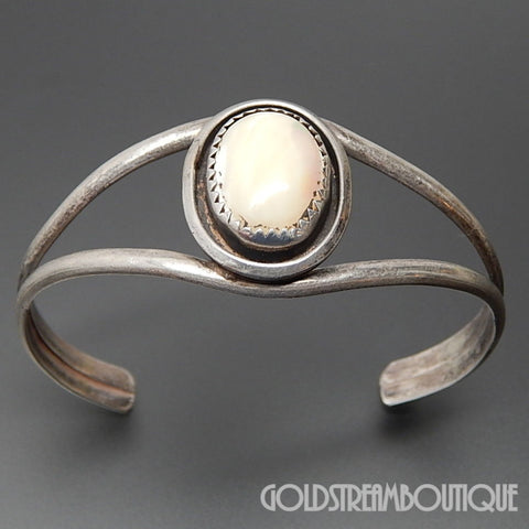SOUTHWESTERN ARTISAN OVAL MOTHER OF PEARL 925 SILVER SHADOWBOX CUFF BRACELET