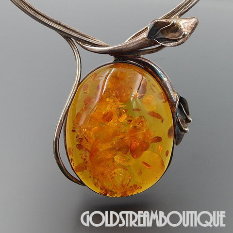 VINTAGE STERLING SILVER MASSIVE BALTIC AMBER CALLA LILLY NECKLACE 19""