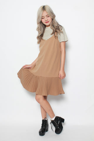 CAMILLE MERMAID PLEAT SLIP DRESS IN SAND