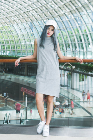 BASIC HIGH NECK TEE DRESS IN GREY