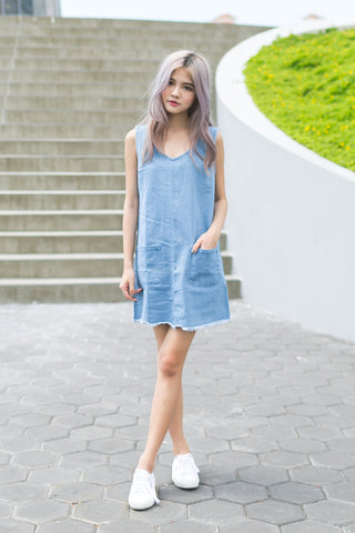 DENIM POCKET V DRESS