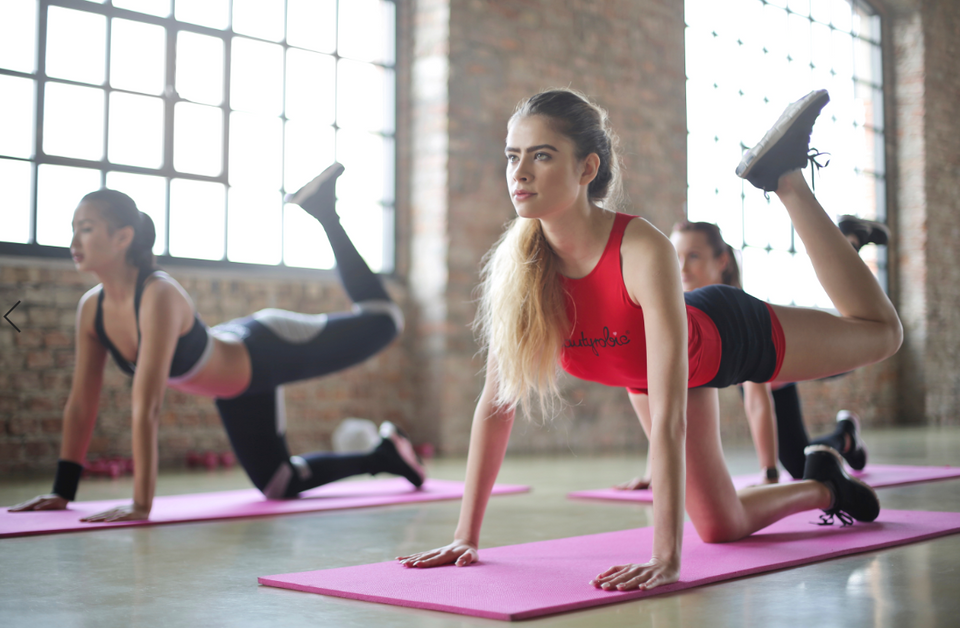Struggling to Stick to Your Resolution? These Fitness Classes Will Kick You into Shape