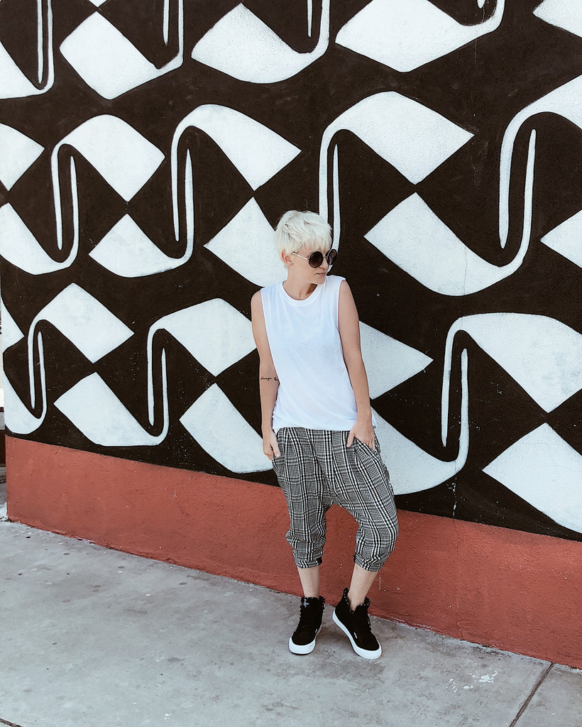 miss alissa style blogger in social sunday basics