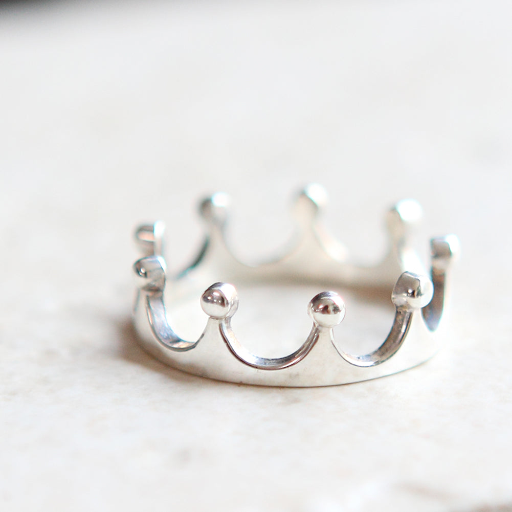 Simple Crown Ring in sterling silver