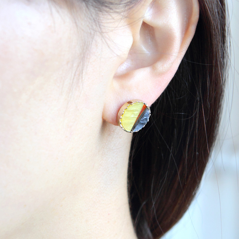 Two Tone Mother of Pearl Acryl Circle Earrings Yellow