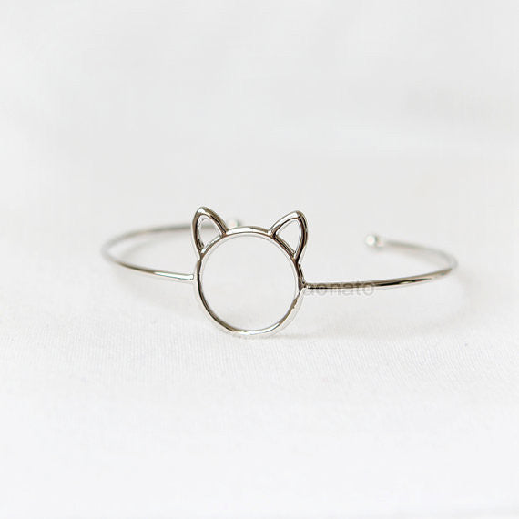 Cute Cat Bangle / Cat bracelet