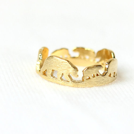 Bear Family Ring