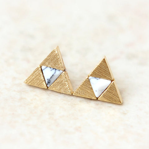 Triangle Leather Earrings / burgundy, White, Gray