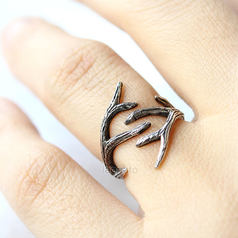 Criss cross X Ring