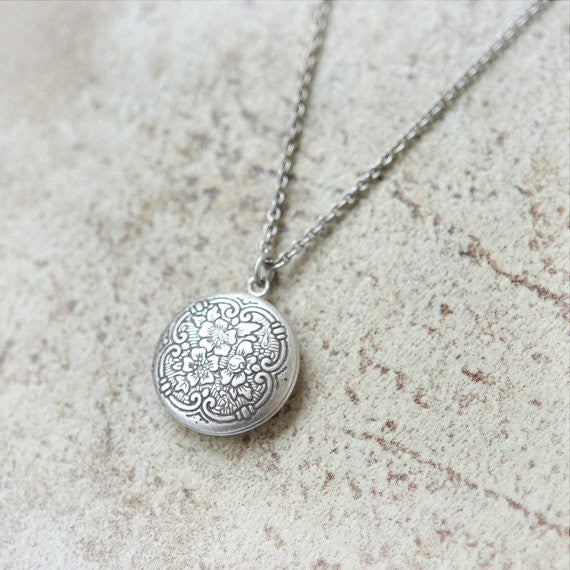 Little flower round Locket Necklace