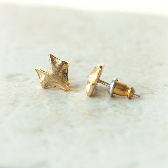 Fox earrings in gold