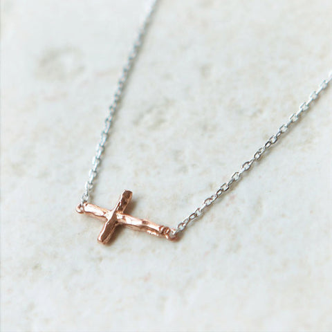 Crossed Curve Bars Necklace