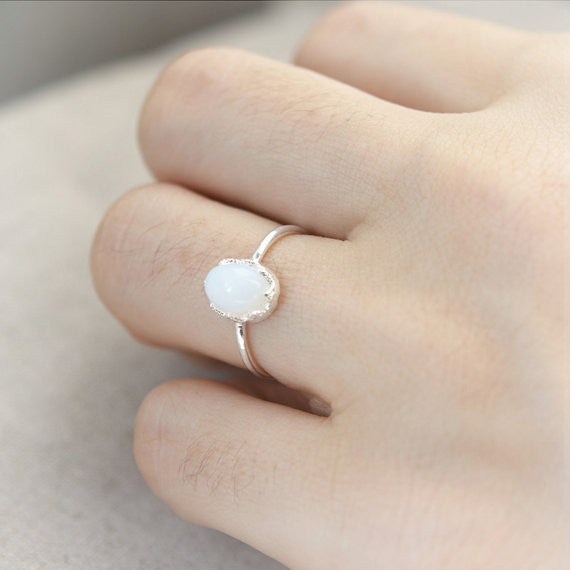 Moonstone Ring in silver