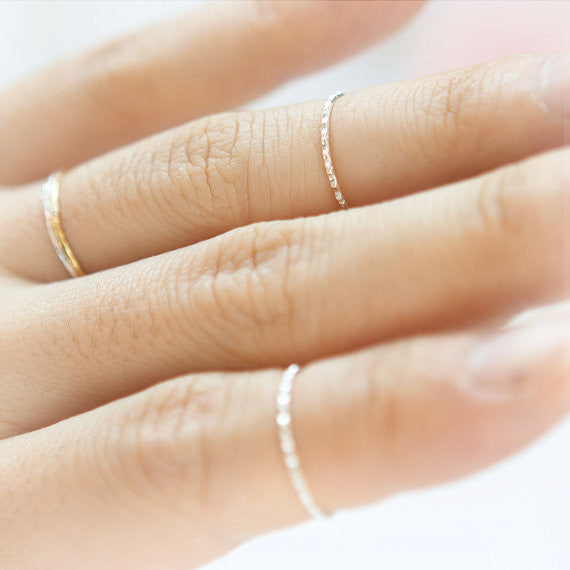 Skinny ring in sterling silver