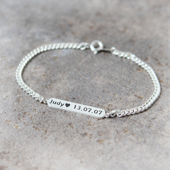 Customized name bar bracelet