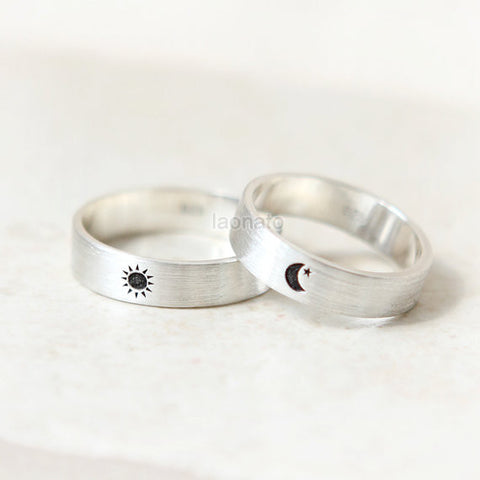 Infinity and Initials engraved ring in sterling silver