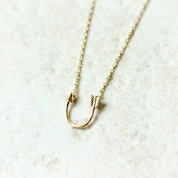 Curved arrow Necklace in sterling silver