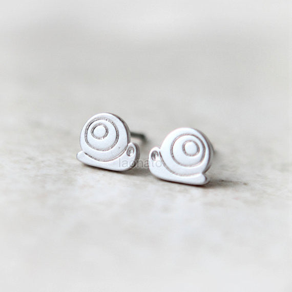 Tiny Snail Earrings