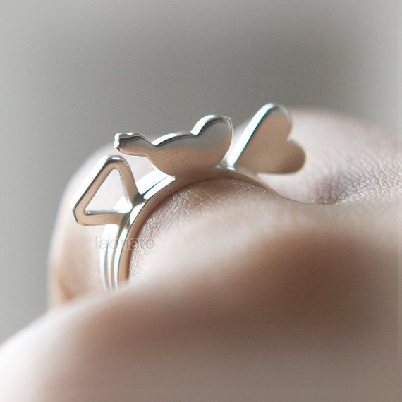 Simple Motif ring in sterling silver-diamond, bird, heart