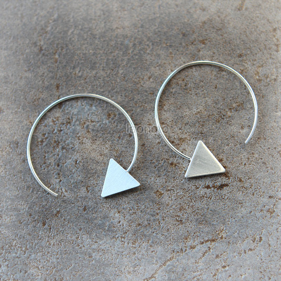 Triangle Round Dangle Earrings / choose your color, gold and silver