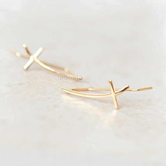 Sideways Cross ear climber / curved cross ear pin