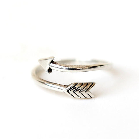 Twisted Arrow Bangle/ arrow bangle